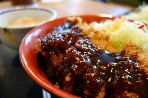 味噌カツ丼ランチ&唐揚げ定食!